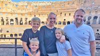 Child-Friendly Colosseum Tour with Skip-the-line Fast Entrance & Roman Forums