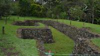 Private Tour: Yumbo Burial Museums from Quito  image 1