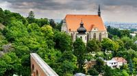 Full-Day Private Hiking Tour from Vienna: Pubs, Castles and City Highlights