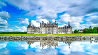 Loire Valley Full-Day Private Guided Tour with Hotel Pickup