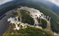 3-Day Iguazu Falls Tour of the Argentinian and Brazilian Side image 1