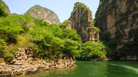 Private Day Tour to Longqing Gorge and Dingling at the Ming Tombs Including Lunch and Boat Ride