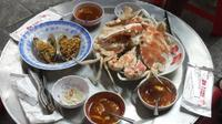 Hanoi Street Food Tour Including Seafood Hotpot Dinner