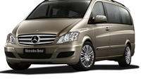 Private Limousine Transfer Venice Airport to Venice City Center by Van and Water Taxi