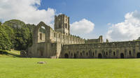 Yorkshire Dales and Fountains Abbey Small-Group Day Tour from York