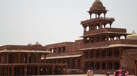 Private Tour: Jaipur to Agra Overnight Tour with Taj Mahal Visit