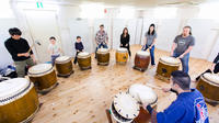 Traditional Japanese Taiko Drum Lessons in Tokyo