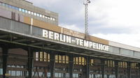 Private Tempelhof Airport Berlin Tour