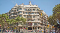 Gaudi Private Walking Tour with Skip the Line Sagrada Familia