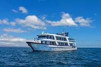 Galapagos Islands Cruise: 5-Day Tour from San Cristobal Aboard the 'San Jose'