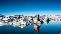 Day Trip to the Glacier Lagoon: Jökulsárlón with Boat Tour from Reykjavik