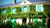 Private Return Transfer to Giverny from Paris