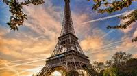 Full Day Private Custom Tour of Paris by Car or Metro