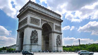 Paris Small-Group Tour: Seine River Cruise, Picnic, and Arc de Triumph