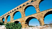 Small-Group Avignon and Pont-du-Gard Day Trip with Wine Tasting