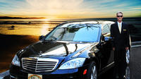 Private Luxury Sedan Car Service From Honolulu Airport to Waikiki Hotels Private Car Transfers
