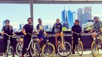 Melbourne Bike Tour with Coffee and Drinks Including Yarra River and Southbank  image 1