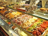 Dessert and Cakes Tasting and Sightseeing Tour in Rome