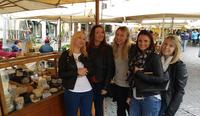 Trevi Fountain, Pantheon, and Campo De Fiori Market Food and Wine Tour