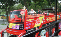Hop-on-Hop-off-Tour durch Singapur