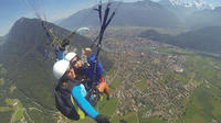 Tandem Paragliding Tour from Interlaken