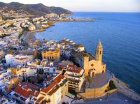 4-Day Small-Group Tour from Barcelona including Montserrat, Sitges and Dali Museum