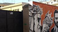 Secrets of Ostiense district: Street Art beneath the Pyramid