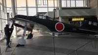 Private Half-Day Tokyo Tour including War Museum and Imperial Palace