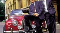 Inspector Morse Filming Locations Tour in Oxford with College Visits