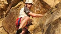 Rock Climbing at the Kangaroo Point Cliffs in Brisbane image 1