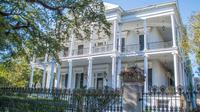 Historic New Orleans Walking Tour Garden District - New Orleans -