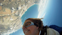 Mossel Bay Shore Excursion: Mossel Bay City Tour and Skydiving