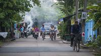 Private Cycling Tour in Bangkok's Nature Area with French Speaking Guide