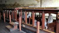3-Hour Walking Tour of Old Town Prague with Boat Ride