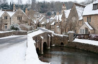 Christmas Day Tour of Stonehenge, Bath, and the Cotswolds
