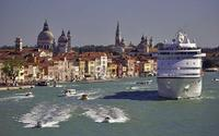 Venice Private Arrival Transfer by Water Taxi: Cruise Port to Central Venice Private Car Transfers