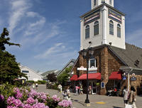 Book Woodbury Common Premium Outlets Shopping Tour Now!