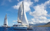 Semi-Private Tour: Waikiki Luxury Yacht Snorkel and Sail