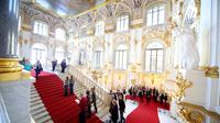 Guided Walking Tour of the Hermitage Museum in Saint Petersburg
