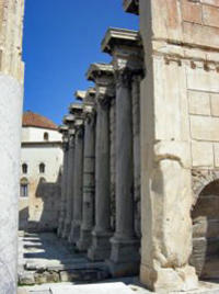 Private Walking Tour: Ancient Agora, Plaka and Monastiraki monuments