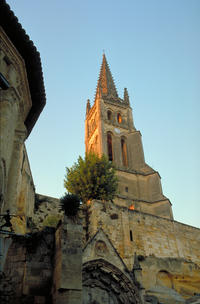 Saint-Emilion Day Trip from Bordeaux: Château Wine Tastings and Lunch