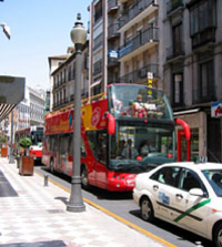 Hop-on-Hop-off-Tour durch Granada