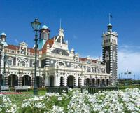 Dunedin Shore Excursion: Taieri Gorge Railway Tour and City Sightseeing, Dunedin Tours and Sightseeing