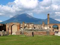Best Naples City and Pompeii Half-Day Sightseeing Tour from Sorrento