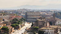 Rome: Colosseum to the Vatican Itinerary and Meet-up with a Local Host