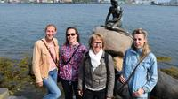 Small Group Walking Tour of Copenhagen with a Photographer