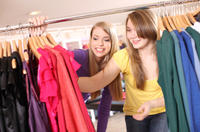 Teen Shopping and Fashion Accessories Tour in Paris