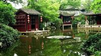 Private Customized Suzhou Highlights Tour with Tongli Water Town and Tuisi Garden