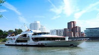Dsseldorf Hop-On Hop-Off Bus Tour and Rhine River Sightseeing Cruise