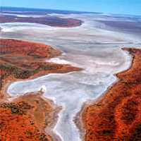 Ayers Rock Helicopter Tour to Uluru, Kata Tjuta & Lake Amadeus: 55-minute flight